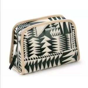 Stella & Dot Tribal Geo print Beauty Cosmetics Bag
